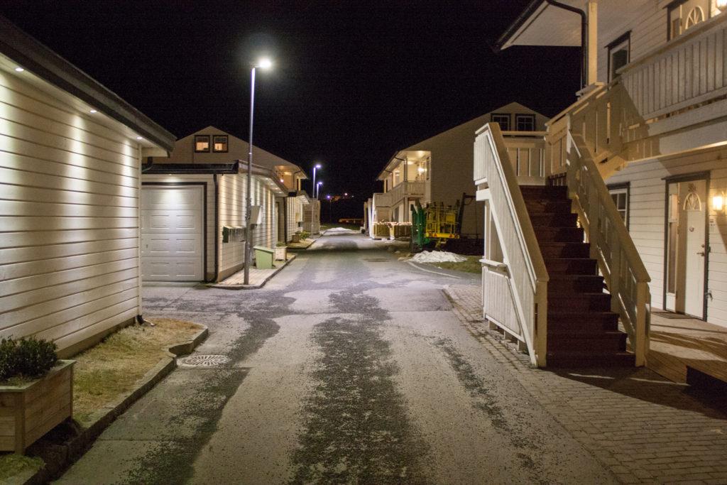 Bilde av gate i trondheim med LED gatebelysning