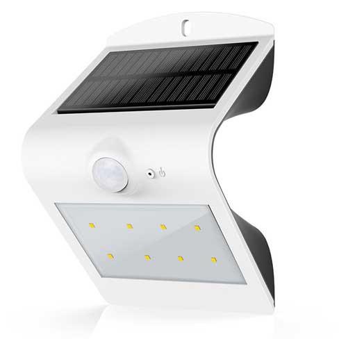 LED-Belysning for vegg med solcelle
