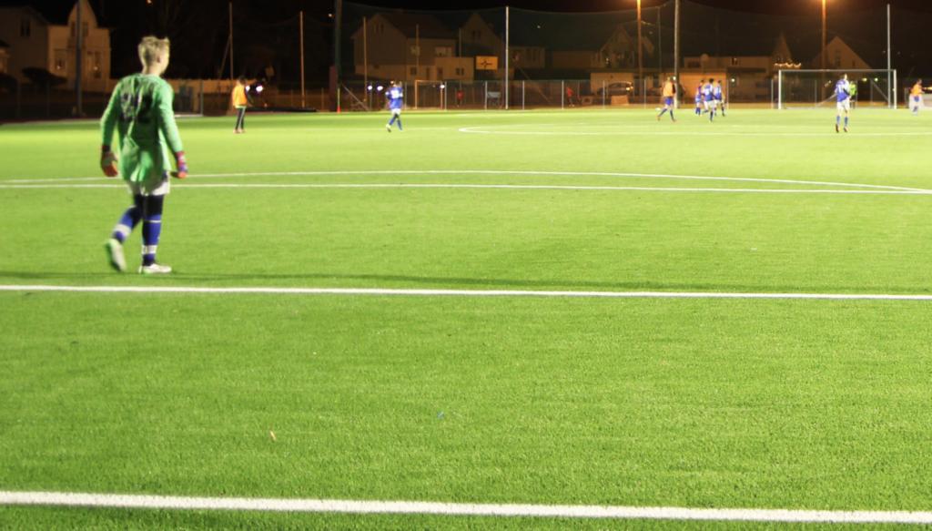 LED-Flombelysning i aksjon under en fotballkamp.